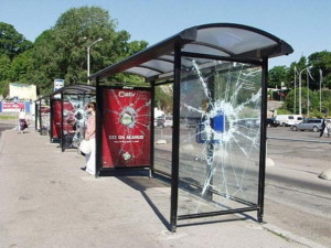 cool-and-creative-bus-stop-ads-13
